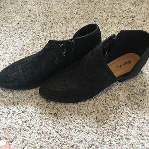 Qupid Size 8 Booties